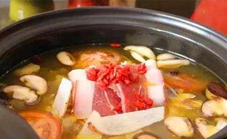天麻煲汤前要不要泡发,泡多久?